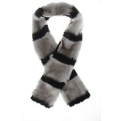 Quiz - Black and grey stripe faux fur scarf