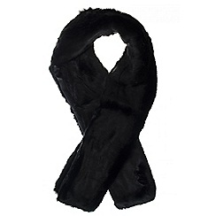 Quiz - Black Wide Large Faux Fur Scarf