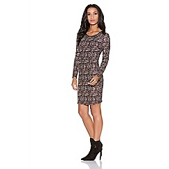 Quiz - Berry and black crepe speckle print dress