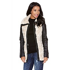 Quiz - Stone And Black Faux Fur PU Jacket
