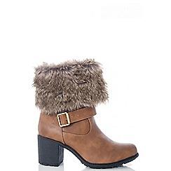 Quiz - Tan PU Fur Chunky Heel Ankle Boots