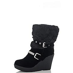 Quiz - Black Fur Diamante Eyelet Wedge Boots