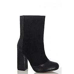 Quiz - Black Faux Suede Flare Block Heel Boots