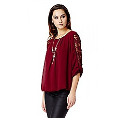 Quiz - Wine Chiffon Bubble Lace Necklace Top