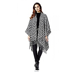 Quiz - Black And White Dogtooth Cape