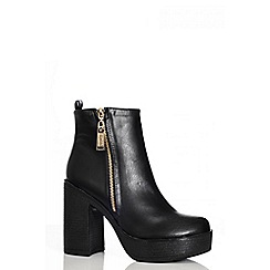 Quiz - Black pu chunky heel gold zip boots