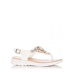 Quiz - White Jewel Low Wedge Sandals