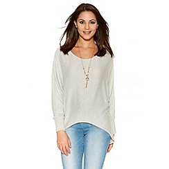 Quiz - Light Stone Knit 3/4 Sleeve Batwing Necklace Top