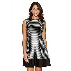 Quiz - Black And White Crepe Stripe Panel Dress