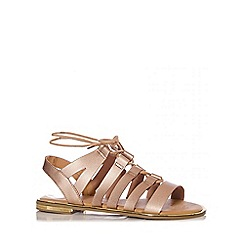 Quiz - Gold Strap Lace Flat Sandals