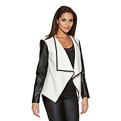 Quiz - White And Black Felt PU Sleeve Waterfall Jacket