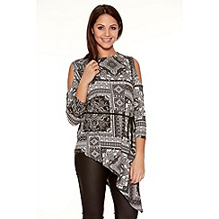 Quiz - Black And Cream Tile Print Cut Out Shoulder Top