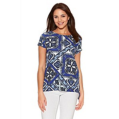 Quiz - Blue And Cream Tile Print Top