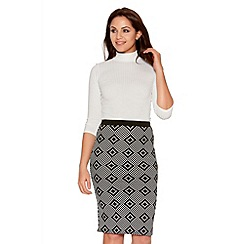 Quiz - Black And White Diamond Print Midi Skirt