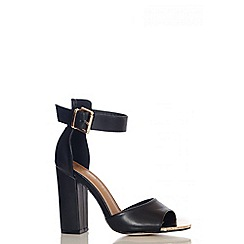 Quiz - Black PU Metal Plate Block Heel Shoes