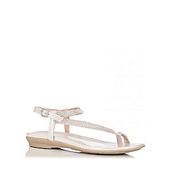Quiz - Silver Diamante Toe Ring Sandals