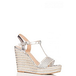 Quiz - Silver Stripe T-Bar Wedges