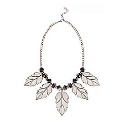 Quiz - Silver Shimmer Beaded Leaf Necklace