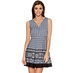 Quiz - Blue Tile Print V Neck Skater Dress