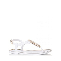 Quiz - White 2 Flower Jelly Sandals