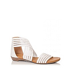 Quiz - White Stretch Mesh Strap Sandals