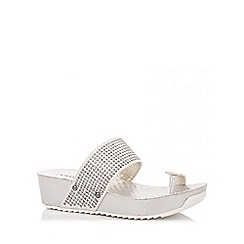 Quiz - Silver Toe Strap Diamante Wedges