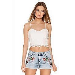 Quiz - Denim Flower Patch Hot Pants
