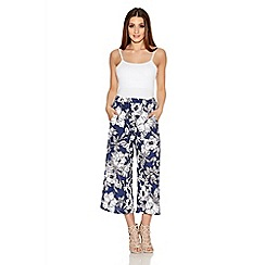 Quiz - Navy And White Crepe Flower Print Culotte Trousers