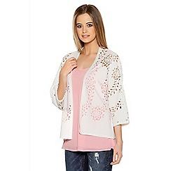 Quiz - Cream Flower Laser Cut 3/4 Sleeve Jacket