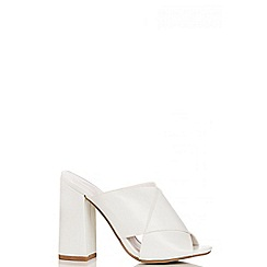 Quiz - White Mule Block Heel
