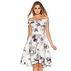 Quiz - Cream And Grey Flower Print Bardot Dip Hem Dress