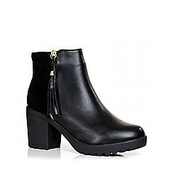 Quiz - Black PU And Faux Suede Tassel Detail Ankle Boots