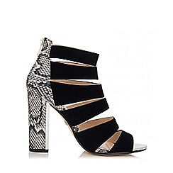 Quiz - Black And White Multi Strap Snake Print Shoes