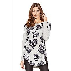 Quiz - Grey Light Knit Leopard Print Heart Jumper