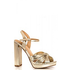 Quiz - Gold Metal Knot Block Heel Sandals