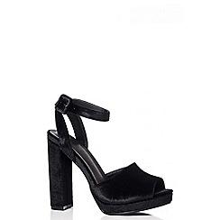 Quiz - Black Velvet Platform Heel Sandals
