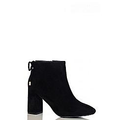 Quiz - Black Faux Suede Block Heel Ankle Boots