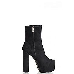 Quiz - Black Faux Suede Platform Ankle Boots