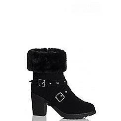 Quiz - Black Faux Fur Trim Eyelet Detail Block Heel Ankle Boots