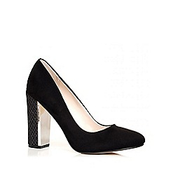 Quiz - Black Faux Suede Snake Print Block Heel Court Shoes