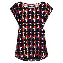 Quiz - Red And Navy Geo Print Top