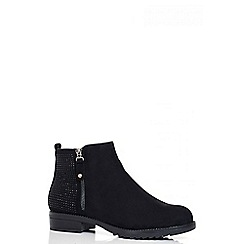 Quiz - Black Studded Flat Ankle Boots