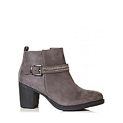 Quiz - Black diamante trim ankle boots
