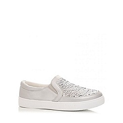 Quiz - Silver polyurethane and sequin skater trainers
