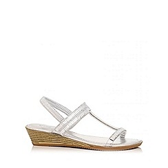Quiz - Silver rim diamante wedges
