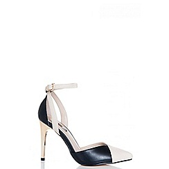 Quiz - Nude and black ankle strap pointed court shoes