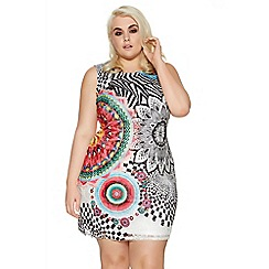 Quiz - Curve white and red aztec print tunic dress