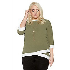 Quiz - Green curve contrast 3/4 sleeve necklace top