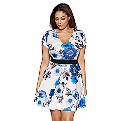 Quiz - Cream and blue curve flower print panelled skater dress