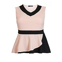 Quiz - Curve nude and black v neck peplum top